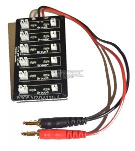 Micro base multifunzionale per la ricarica in parallelo di piccole batterie LIPO (aerei, elicotteri etc.).